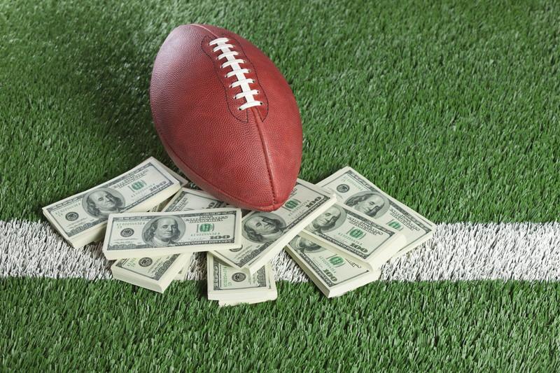 ラグビーボールとお金